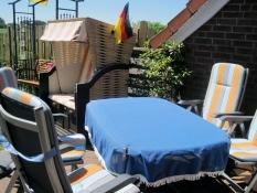 Ferienhaus Kolks Carolinensiel Harlesiel, Terrasse mit Strandkorb