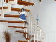 Treppe zu den Schlafzimmern und dem Bad im Ferienhaus Kolks Carolinensiel Harlesiel